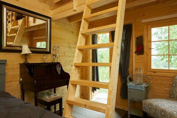 Bunkie Life Inside 2017 Cabin Bunkie
